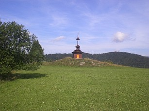 Zvonica nad Lutisami