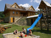 Tipy na výlety a voľný čas - Terchová a okolie, detské ihrisko chaty