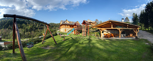 Children's playground and barbecue in chalet Uhorcik's area